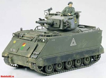 35107 Tamiya 1/35 M113A1 Fire Support Vehicle Американский бронетранспортер огневой поддержки с 76мм орудием. Одна фигурка. 1960г.